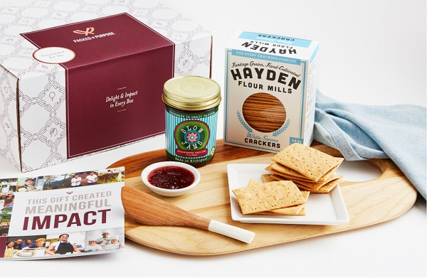 Entertaining Essentials Gift Box