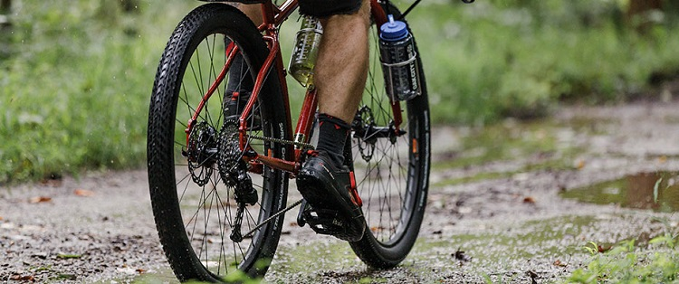 Tubeless-ready Surly Tires